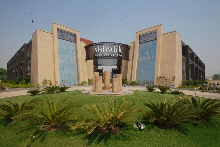 shivalik-business-office-SG-highway